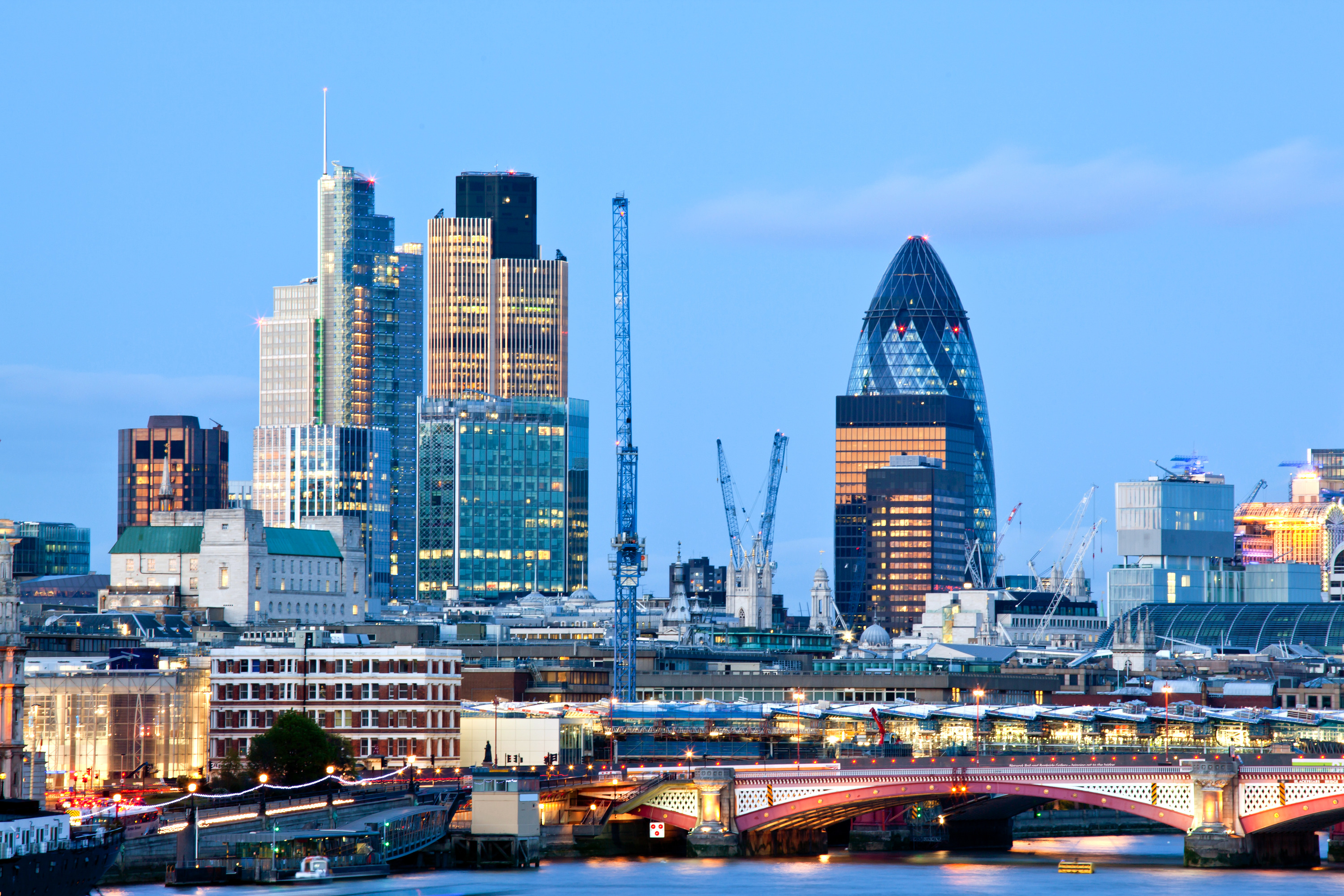 photodune-2761838-london-skylines-l